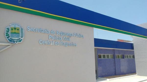 Jovem tenta vender droga para delegado e policiais civis no Piauí e acaba preso